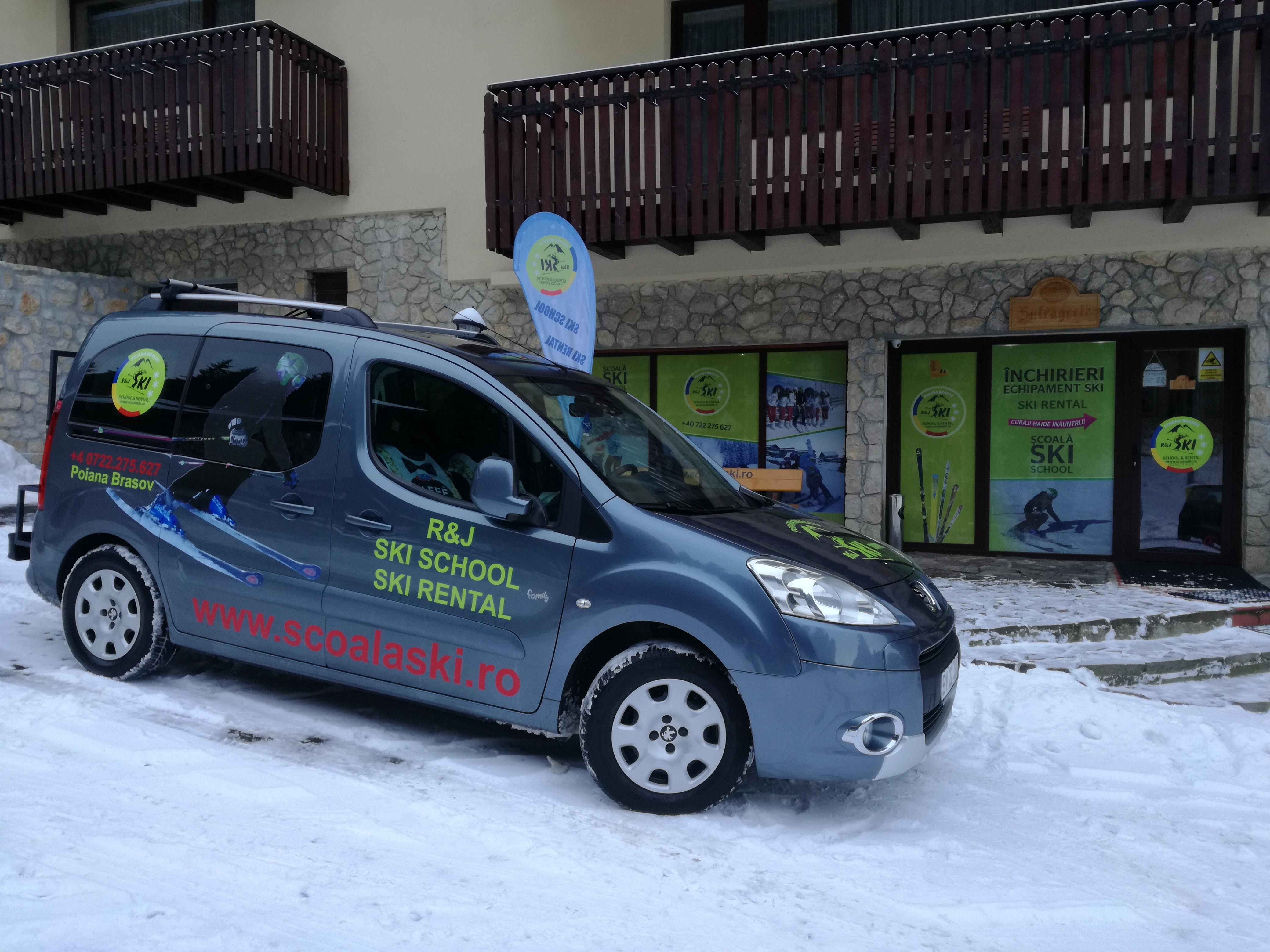 Transfer ski gear to ski slope in Poiana Brasov